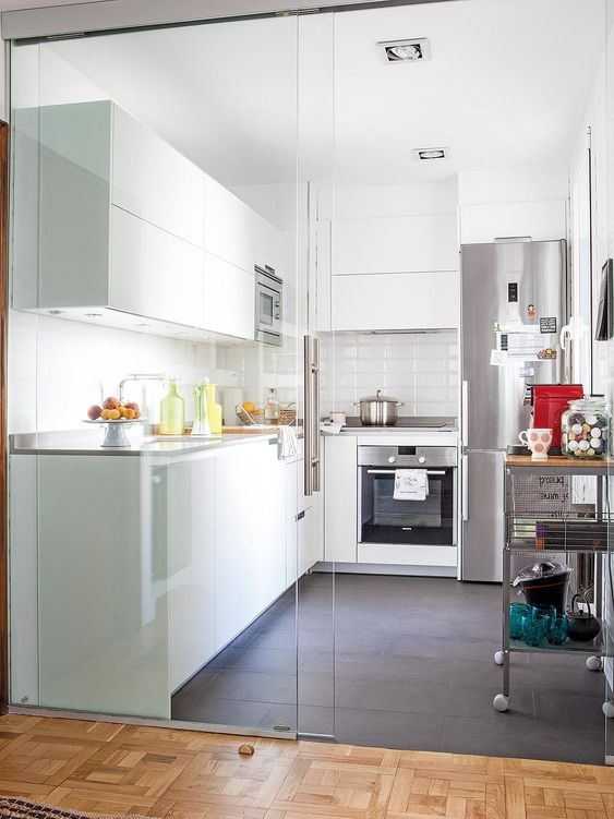 Glass Partition Ideas for Kitchen 02