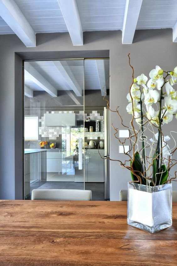 Glass Partition Ideas for Kitchen 16