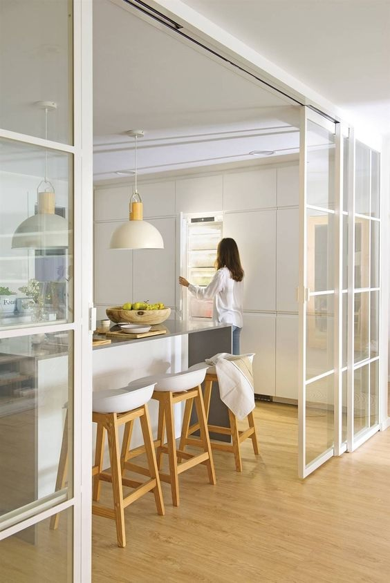 Glass Partition Ideas for Kitchen 29
